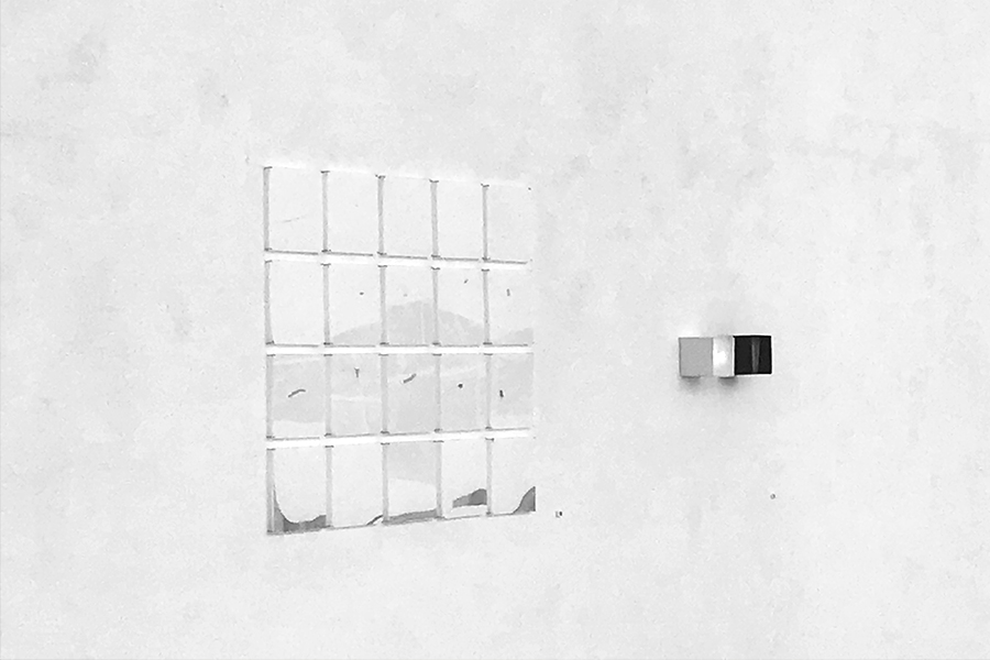 installation view, 20 drawings, pencil on rice paper, perspex, 18x18 cm, two light boxes 10x10cm, mixed media